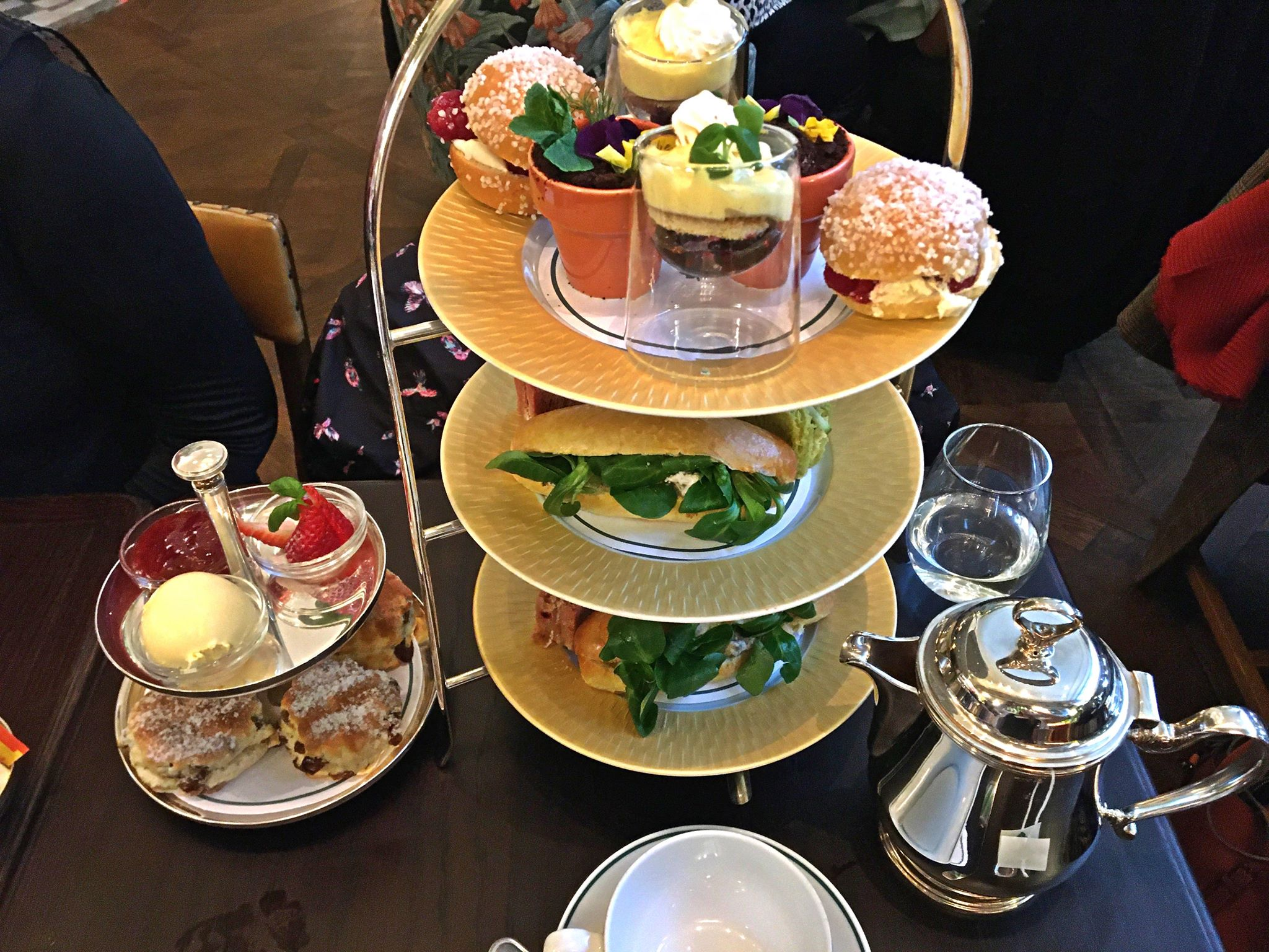 The Ivy Cardiff Afternoon Tea